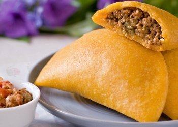 empanadas colombian gastronomy