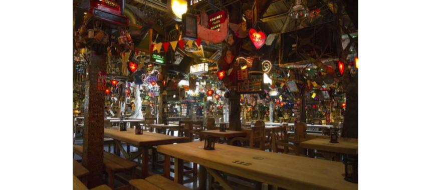 Interior of Andres' restaurant