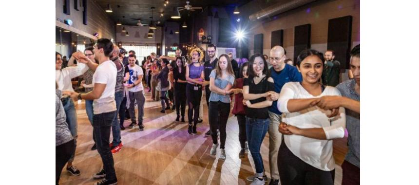 Bachata in Bogotá: a Latin American rhythm to experience! - Colture