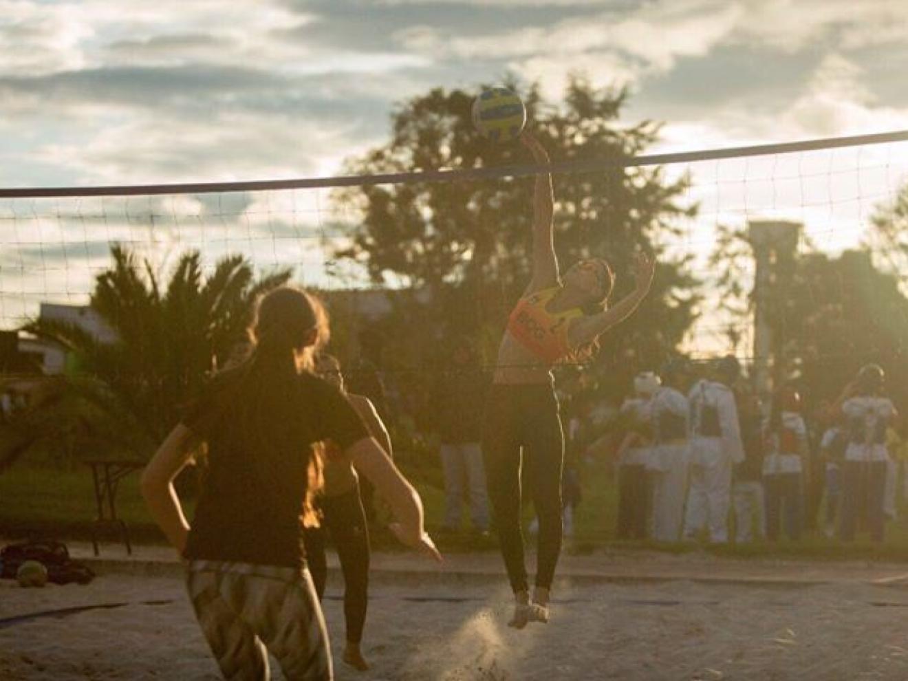 The annual beach volleyball tournament at the Festival de Verano