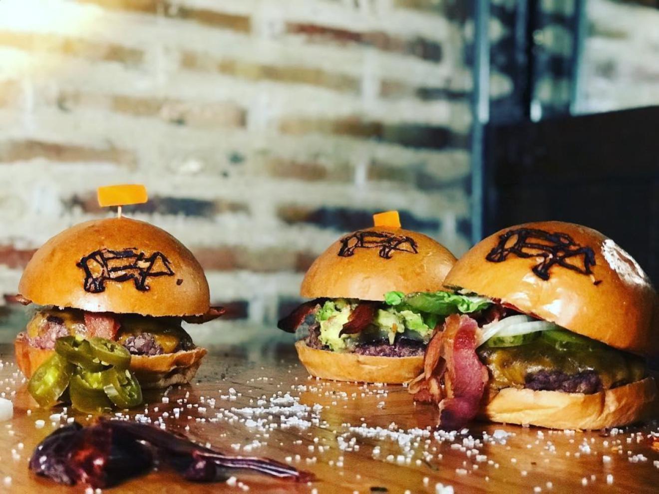 Top burgers in Bogotá